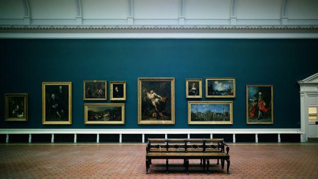 La National Gallery of Ireland sur Merrion Square.  Les musées et galeries ouvriront probablement également leurs portes au terme de six semaines de restrictions de niveau 5.