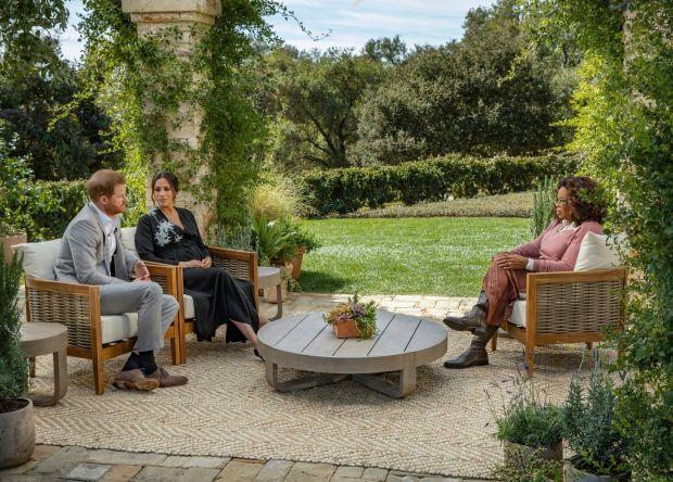 Oprah avec Meghan et Harry: Meghan est enceinte, mais le couple est également enceinte d'un empire médiatique naissant et de contrats lucratifs Spotify et Netflix.  Photographie: Joe Pugliese / Harpo via AP
