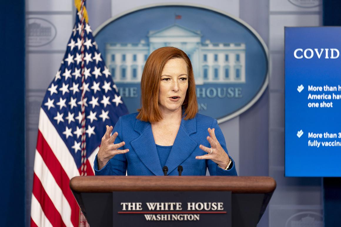 L'attachée de presse de la Maison Blanche, Jen Psaki, s'exprime lors d'un point de presse à la Maison Blanche à Washington, le lundi 19 avril 2021.